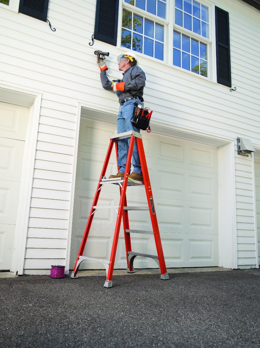 Detail Louisville Ladder